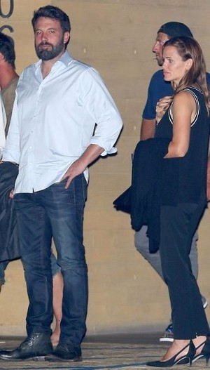 Cerai, Ben Affleck dan Jennifer Garner Masih Jalan Bareng di Malibu