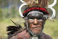 kepala suku dani di papua yang bisa menghentikan hujan rh travel detik com