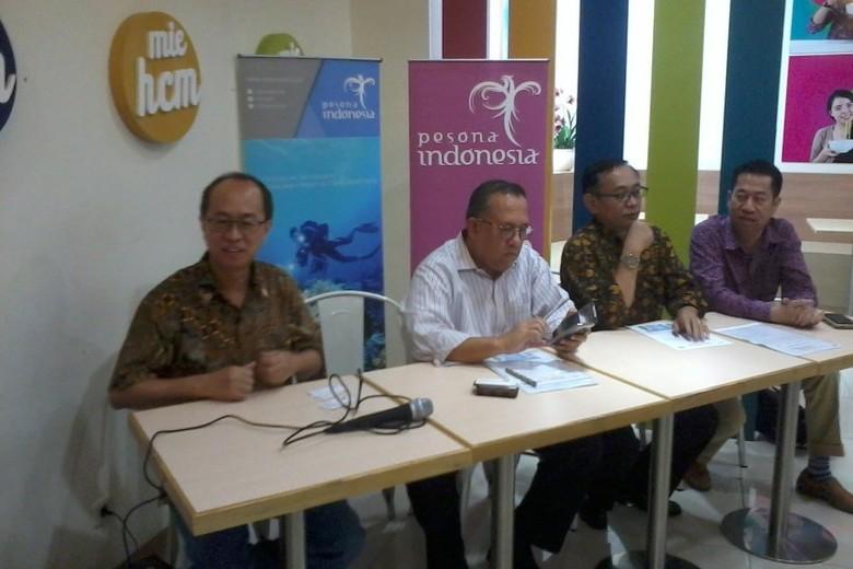 Sapta Nirwandar dan narasumber forum diskusi (Wahyu/detikTravel)