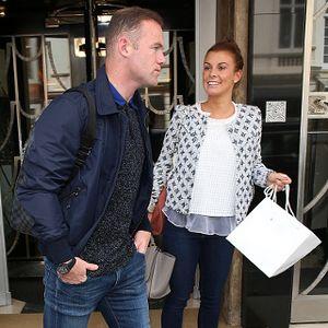 Gol untuk MU dan Puisi-puisi Rooney untuk Istri