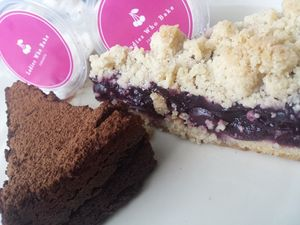 Ladies Who Bake: Lembut Manis Cherry Crumble Selezat Buatan Nenek