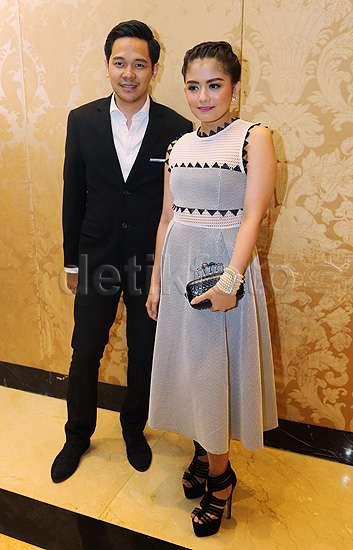 Sederet Pasangan Selebriti Hadiri Nikahan Chelsea dan Glenn (2)