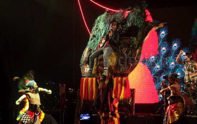 Pecahnya Parade Kebudayaan Nusantara di Panggung Konser Slank Reog N Roll