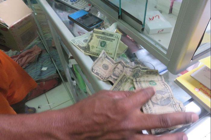 Ketika Rupiah Laku di Timor Leste dan Dolar AS Diterima di Perbatasan RI c95306f8b6
