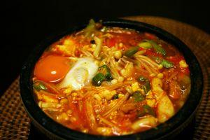 Dakjuk dan Kimchi Jadi Menu Sarapan Sehat Orang Korea (2)
