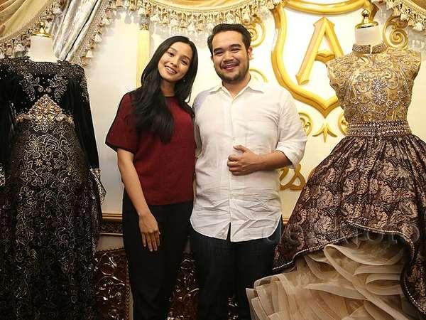 Nikah dengan Bangsawan Malaysia, Begini Baju Pengantin Tya Arifin
