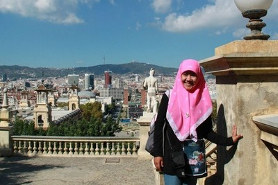 Hijab Bukan Hambatan Untuk Traveling ke Luar Negeri