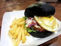 Yuk, Jajan Mie Judes dan Burger Hitam di Food Truck Ini Mulai Besok Siang (2)