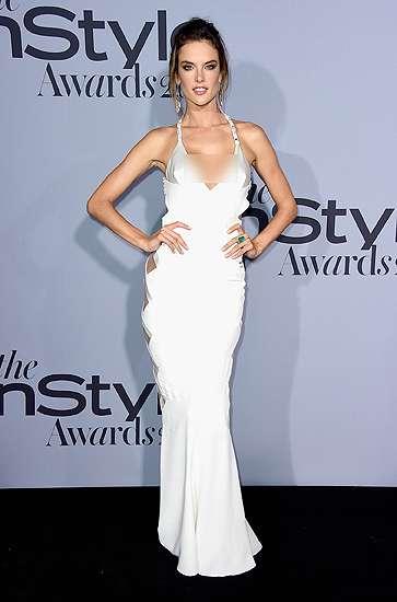 Hot Mom! Miranda Kerr vs Alessandra Ambrosio, Siapa Lebih Seksi?