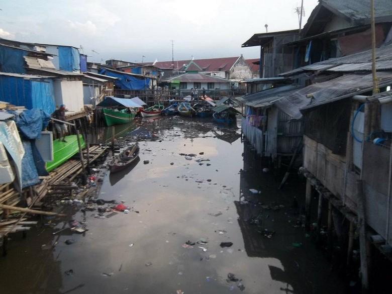 Kawasan Jl Pasar Ikan yang kumuh (Jakarta Hidden Tour/Facebook)