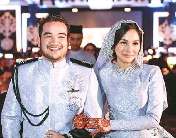 Kebahagiaan Tya Arifin Resmi Nikah dengan Bangsawan Malaysia