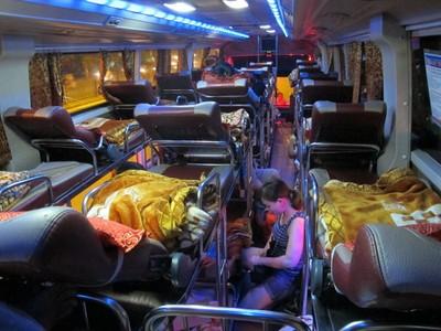 Tips Nyaman Saat Pertama Kali Naik Bus AKAP