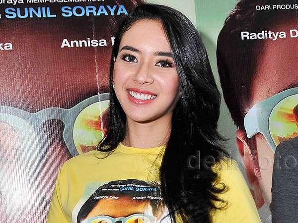 Puteri Indonesia 2014 Elvira Devinamira Debut Jadi Aktris