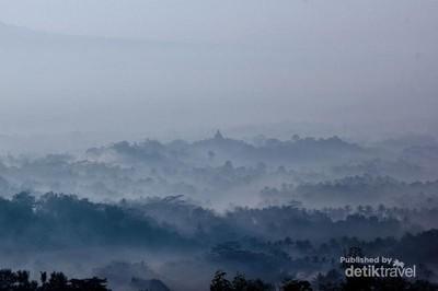 Sunrise Menakjubkan dari Bukit Punthuk Setumbu, Magelang