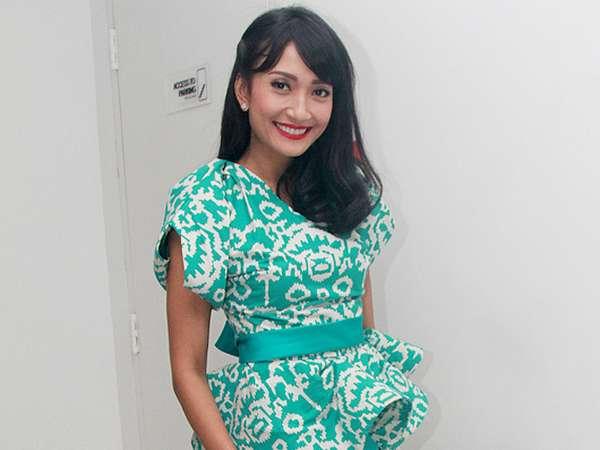 Punya 2 Anak, Artika Sari Devi Tetap Cantik!