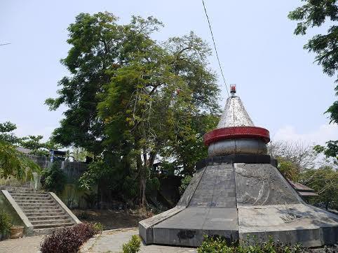 Monumen Letusan Krakatau di Taman Dipangga (Kurnia/detikTravel)