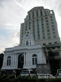 Dibangun pada tahun 1906