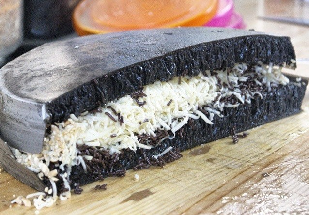 Image result for martabak hitam
