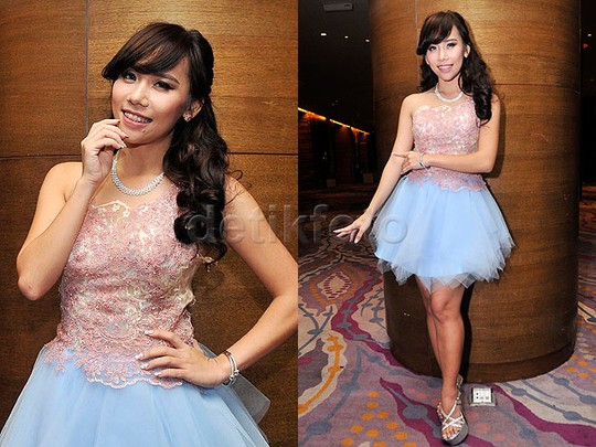 The Bridesmaids! Personel dan eks Cherrybelle di Pernikahan Angel