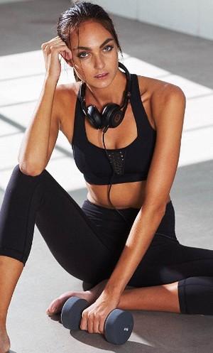 HANxFIT, Aplikasi Fitness yang Bisa Bantu Anda Dapatkan Tubuh Supermodel