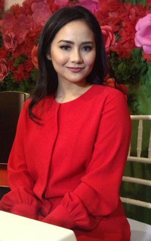 Foto: Pesona Gita Gutawa dengan Riasan Natural, Ini Resep Kecantikannya