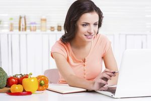 Ini 5 Keuntungan Jika Belanja Bahan Makan Segar Secara Online