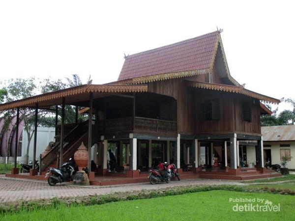 700 Gambar Rumah Adat Banjar Gratis Terbaru