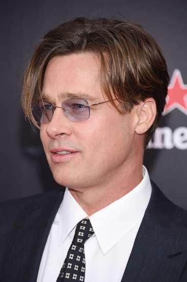 Girls, Lebih Ganteng Brad Pitt atau Ryan Gosling?