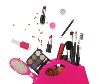 5 Peralatan Makeup Yang Harus Dimiliki Setiap Wanita