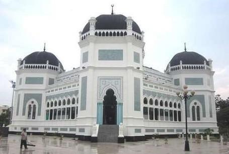 Masjid Raya Al Mashun Medan (Wiwit Prasetyono/d'Traveler)