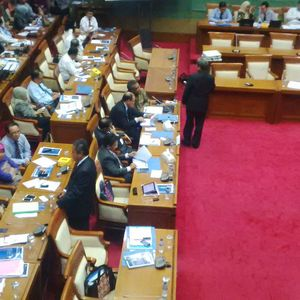 Rapat Sampai Tengah Malam, Komisi XI Setujui Kenaikan Anggaran BI Rp 9,5 T