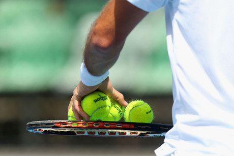 Hasil gambar untuk Agassi Memainkan Wimbledon