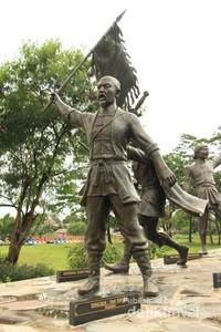 Tan Si Ko atau Singseh yang turut berjuang melawan VOC