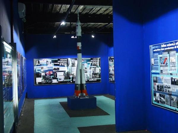 Bagian dalam exhibition space