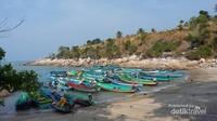 Kapal-kapal nelayan yang sedang menepi