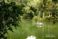 Bon Pring Andeman terletak di Desa Sanankerto, Kecamatan Turen, Kabupaten Malang. Hanya berjarak 28 Km dari Kota Malang atau sekitar 40 menit. Di tempat ini Anda bisa champing ceria bareng keluarga.