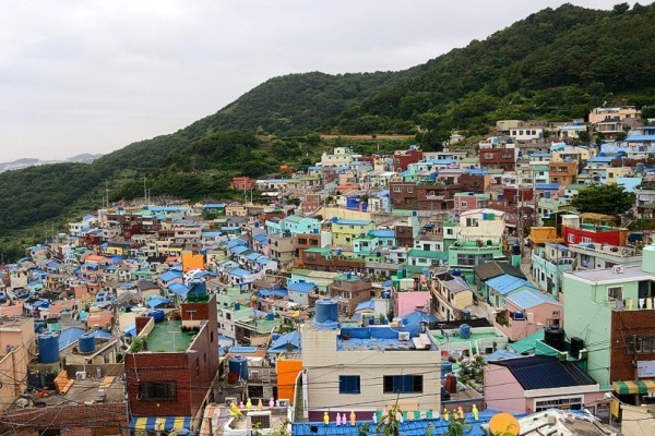 Desa Gamcheon yang berwarna-warni di Busan, Korsel (CNN)