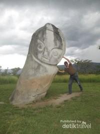 Patung Palindo setinggi 4 meter
