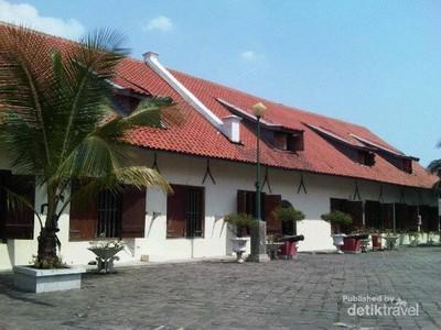 Mengenal Sejarah Maritim Indonesia di Museum Bahari