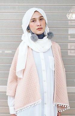 Tutorial Hijab Terinspirasi Hana Tajima yang Jadi Favorit Selebgram