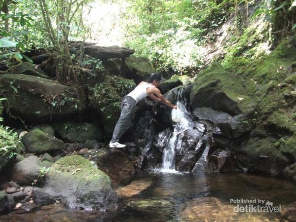 Puas Mendaki Si Cantik Gunung Talamau Di Sumbar