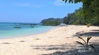 SIsi timur pulau Saronde