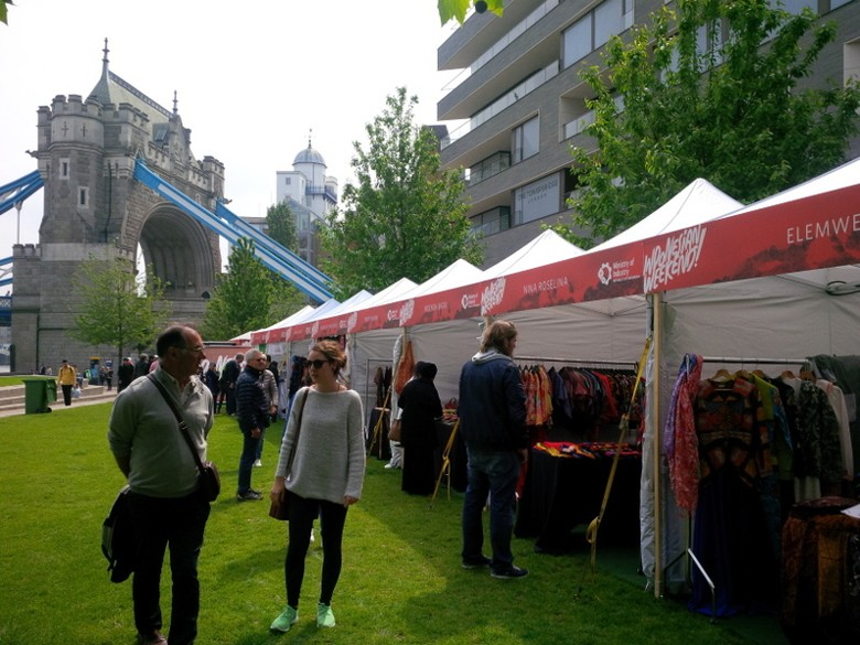 Traveler mengunjungi booth festival (Fitraya/detikTravel)