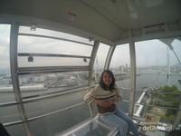 Giant Ferris Wheel, maksa senyum meski takut ketinggian