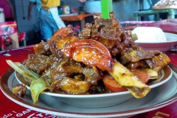 Catat 10 Rekomendasi Wisata Kuliner Di Solo Langganan