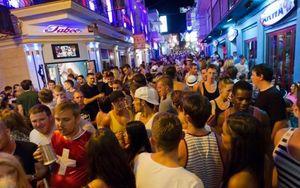 Ibiza, Destinasi Pesta Dunia yang Telah Mencapai Akhirnya