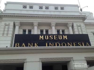 Liburan Murah Meriah di Kota Tua Jakarta: Museum BI