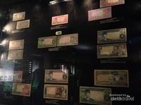 Uang yang pernah berlaku di Indonesia