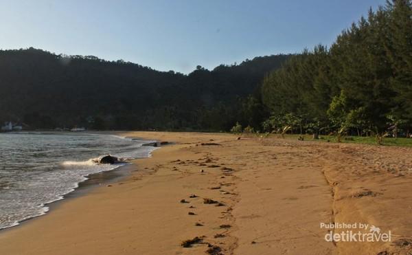 Panorama Pantai Sako Padang