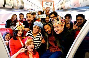 Maskapai AirAsia Kembali Hadirkan Konser di Udara